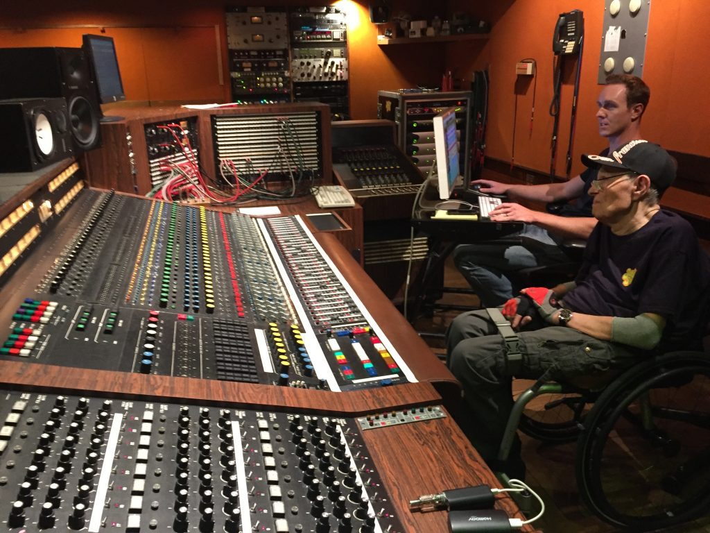 Aux Sunset Sound Studios à Los Angeles, le 13 octobre 2016